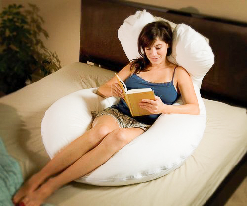 Comfort-u-total-body-pregnancy-pillow-4